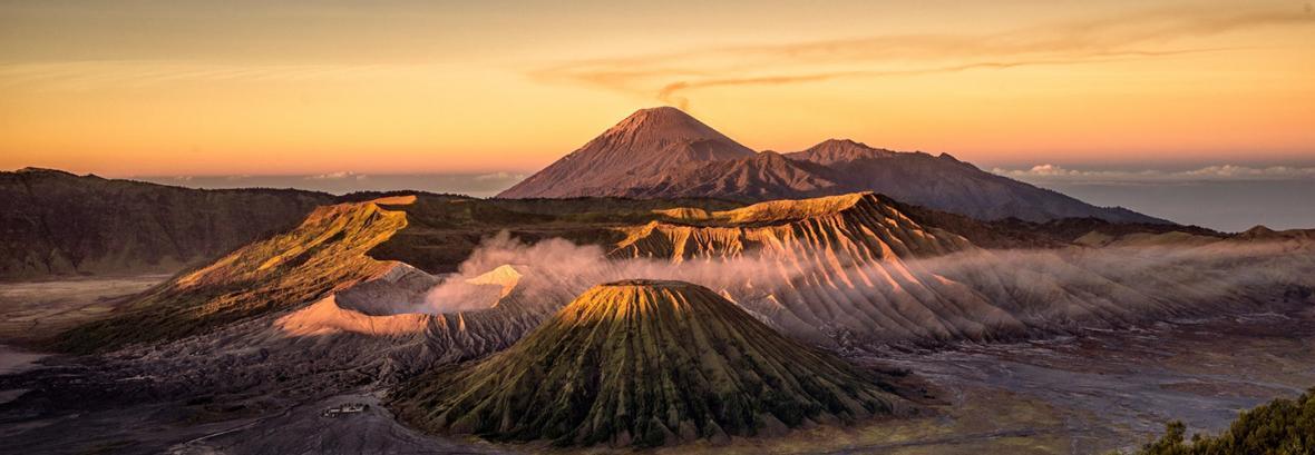 کمی آن طرف تر از رویا ، تصاویری از کوه اژدها و مرتفع ترین آبشار پیوسته دنیا