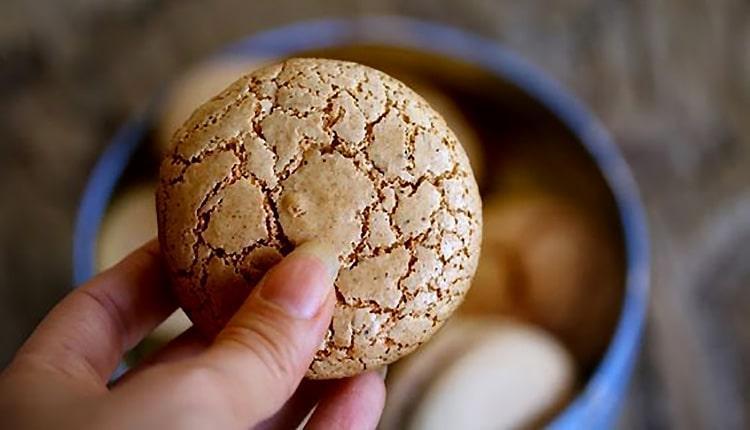 طرز تهیه انواع شیرینی گردویی (پفکی، سنتی و روسی)