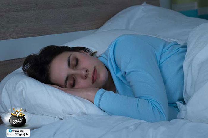 9 کاری که هرگز نباید قبل از خوابیدن انجام دهید